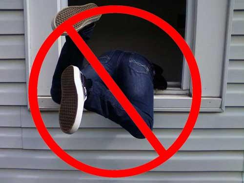 ¿Qué piensan los intrusos antes de entrar a tu casa?